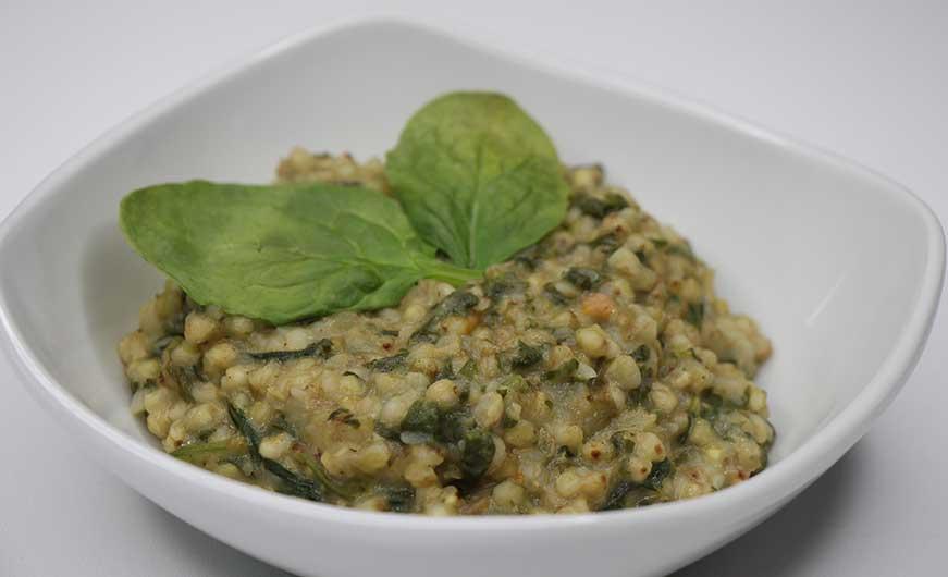 Buchweizenrisotto mit frischem Spinat