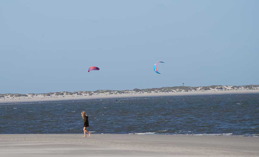 Kite, Drachen, surfen im Meer