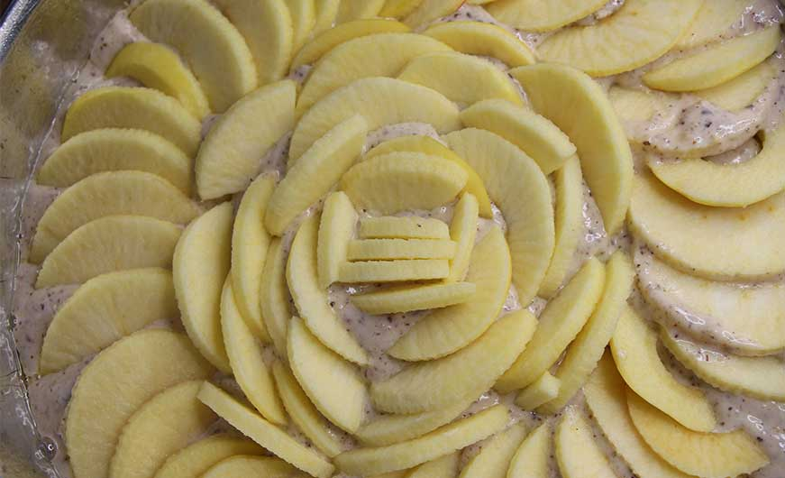 Apfelkuchen vegan teig mit Äpfeln