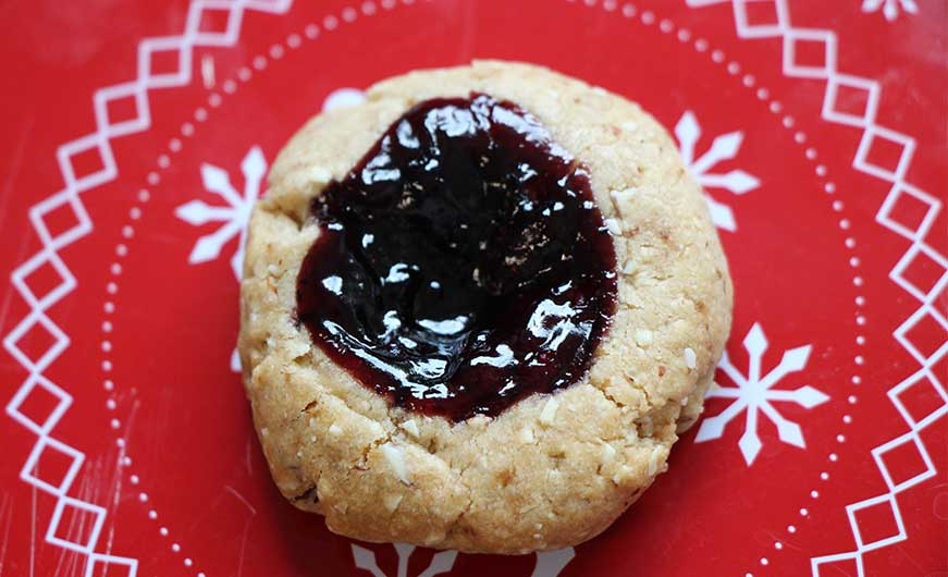 veganer Keks mit Marmelade